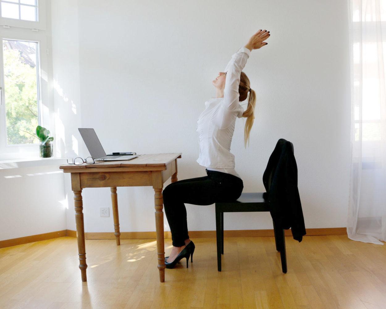 Business Yoga Rückenschmerzen