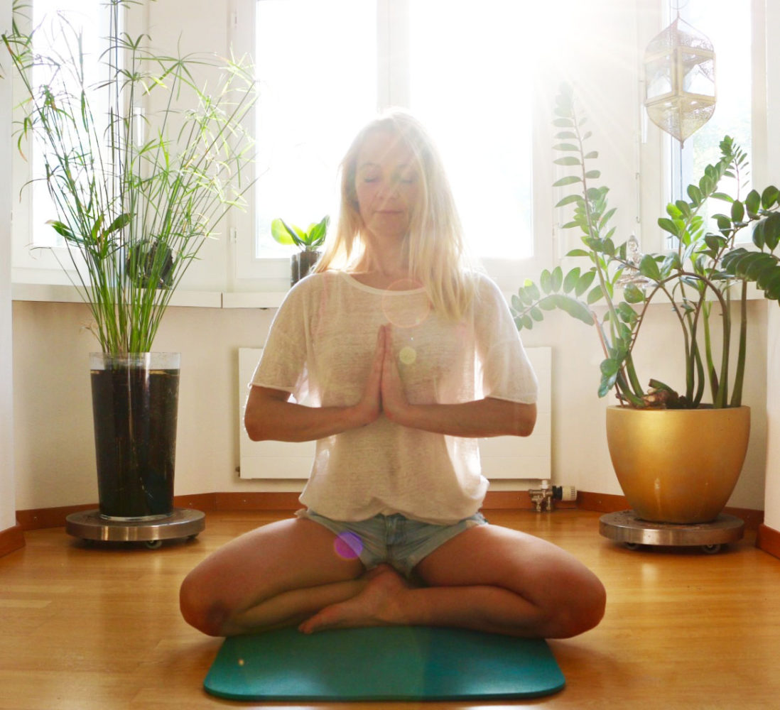 Meditation Achtsamkeitsmeditation Zürich | thegoldendrop.me