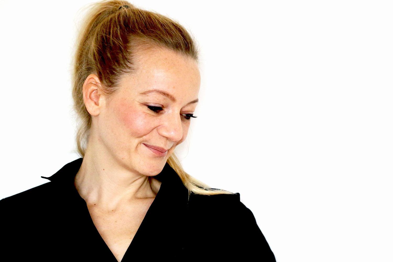 Portrait Ausbildung Juliana Kernen Coaching Webseite_Ausbildung_thegoldendrop.me Zürich
